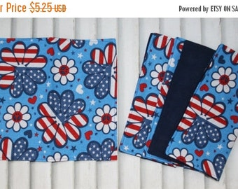 "SALE 10% OFF Set of 4 "" 2 Ply Cotton  Cloth Napkins Flower Fourth of July Print Lunchbox/Luncheon"