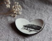 Heart Dish in Stoneware with Hedgehog