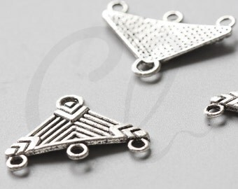 10pcs Oxidized Silver Tone Base Metal 1 to 3 Findings - Triangle 27x20mm (810Y-G-319)
