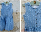 Réserverd Vintage 1970/70s Authentic Girl Dirndl Tyrol Austria german Dress floral printed blue cotton size 5/6 years