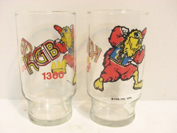 2 KGB FM AM Radio Chicken Advertising Glasses, San Diego, California, Vintage Classic Rock Radio Promo Glasses 1979