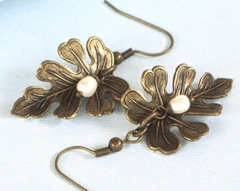 Brass Leaf Earrings - Leaf Jewelry, Oak Leaf, Pearl Earrings, Nature Jewelry
