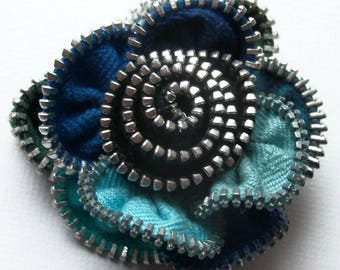 Multi colored Blue Turquoise Baby Navy and Black Floral Brooch Zipper Pin 3016