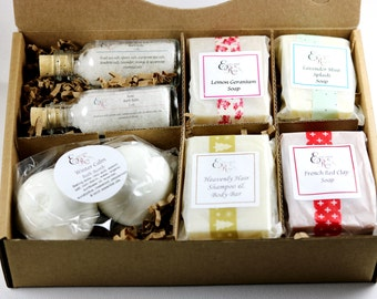 READY TO SHIP!  Pampering Bath Gift Set -   Gift for Her, Girlfriend Gift, Mom Gift, Best Friend Gift