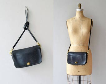 Classic Coach bag | black leather Coach shoulder bag | vintage 1980s Coach purse