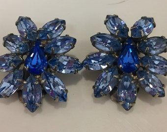 Blue Rhinestone Earrings Vintage 1950s Clip On