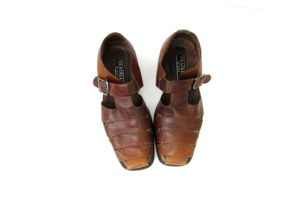 Brown Leather Huaraches 90s Slip On Woven Sandals Leather Beach Shoes Vintage Bohemian Boho Hippie Woven Shoes Resort DES Mens Size 7.5