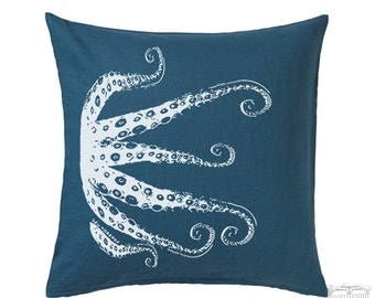 OCTOPUS Tentacles Eco Throw Zippered Pillow Cover 20x20