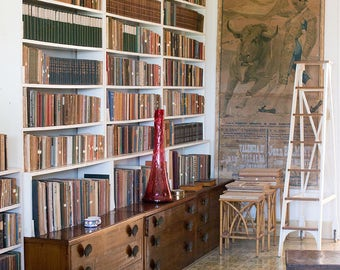 Cuba Photography, The Library of Ernest Hemingway, Hemingway House in Havana, Library, Vintage Books, Bibliophile, Book lover, Bookworm