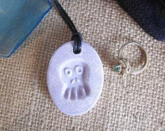 Skull necklace, essential oil diffuser pendant, oil diffuser necklace, aromatherapy ceramic clay diffuser