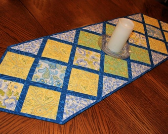 Blue and Yellow Quilted Table Runner, Butter Yellow and Blue Table Topper Quilt, Floral Table Runner Quilt, Quiltsy Handmade Dining Decor