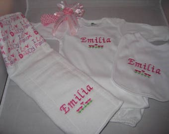 Embroidered  4 piece Baby Gift Set - Personalized headband - bib - baby gown - I Love Mommy and Daddy Burp Cloth