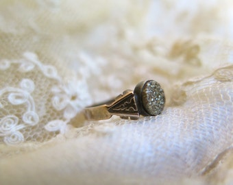 Antique Druzy and Gold Ring Victorian Childs Ring or Pinkie Ring Size 4