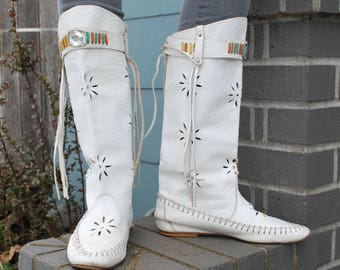 Vintage White Leather Moccasin Boots Boho Fringe