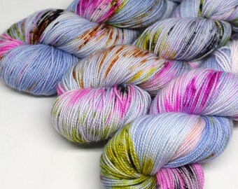 Hand Dyed  Speckled Sock Yarn - SW Sock 80/20 - Superwash Merino Nylon - 400 yards  - Secret Handshake