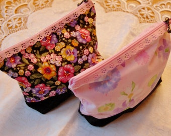 Floral Eyelet Cosmetic Bags 5x7
