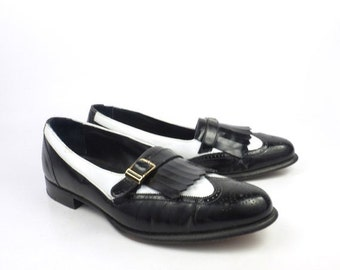 Black Loafers Shoes Leather Vintage 1980s Johnston and Murphy Men's size 10 M