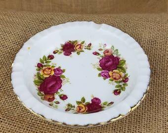 Vintage Cottage Rose Fine Bone China ash tray tobacciana ceramic