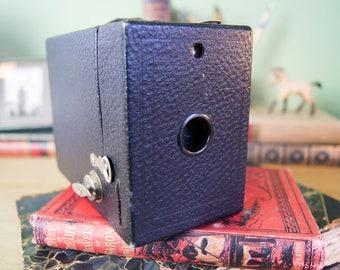 Antique Hawk-eye No. 2 Model C Camera