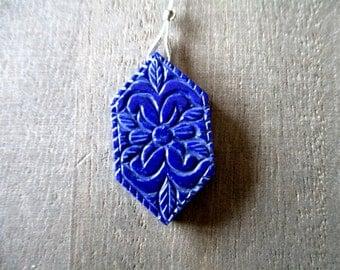 Lapis Lazuli carved briolette- 1 focal stone