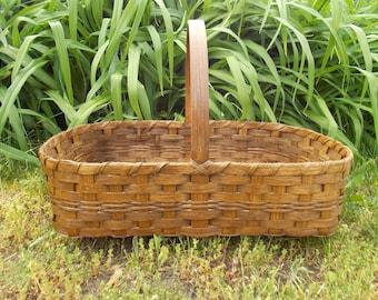 Primitive Casserole Basket - Farmer Market - Gathering Basket