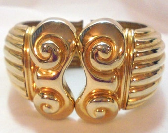 Wide Ribbed Curved Clamper Bracelet Ornate Curly Cue's in The Front