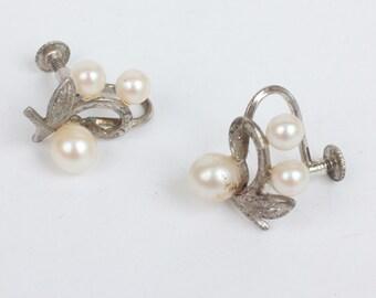 Cultured Pearl Earrings Silver Leaf Motif Vintage Screw Back