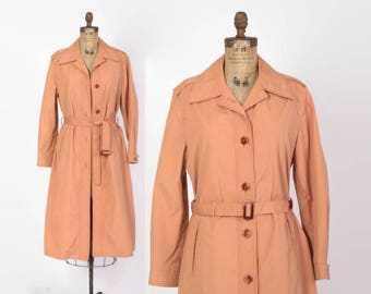 Vintage 70s TRENCH Coat / 1970s Dusty Peach Belted Raincoat Jacket