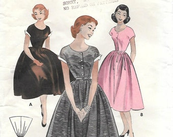 Butterick 6948 1950s Lovely Quick and Easy Scoop Neck Dress Vintage Sewing Pattern Bust 32 Short Sleeves Full Skirt