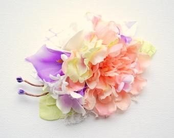 Peach Green Lilac Bridal Flower Comb, Vintage Rustic Weddings Comb, Woodland Hair Comb, Purple Peach Bridal Headpiece, Purple Calla Lily