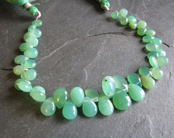 Chrysoprase smooth pear briolettes, natural green stones, full strand 7-12mm (w88)