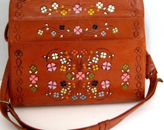 HOLIDAY SALE Vintage hand painted tooled leather purse. Unusually large. Travelling case. Tote bag. Beautiful floral design. Hippie bag. Boh