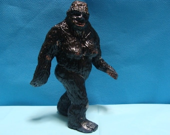 Female Sasquatch (frame 352 P/G Film) figurine *Made To Order*