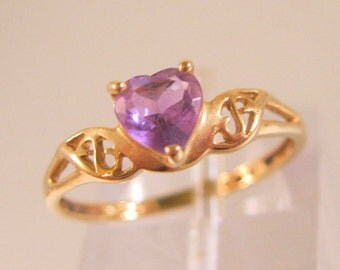 10k YG Amethyst Heart Ring Size 6 Signed CRP Vintage Jewelry Jewellery