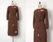 vintage 1950s knit dress / brown wool boucle 50s dress / A Single Rose