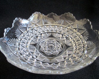 Cut Glass Scallop Edge Bowl, Brilliant Glass, Candy Dish, Glass Serving Dish, Fancy Glass, Trinket Dish