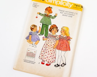 Vintage 1970s Girls Size 2 Smocked Dress in Two Lengths and Pants Simplicity Sewing Pattern 7239 FACTORY Folds / chest 21 waist 20