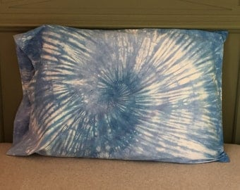 Spiral Tie-Dyed Pillowcase - Sky Blue and Baby Blue