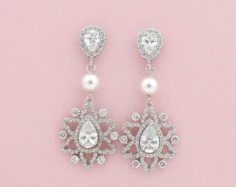Bridal Crystal Drop Earrings Silver Pearl Drop Earrings Wedding Earrings Wedding jewelry, Fiona