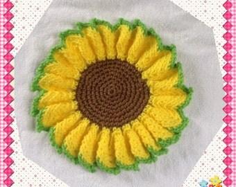 Sunflower Potholder, Wall Hanging, Kitchen Decor, Housewarming Gift