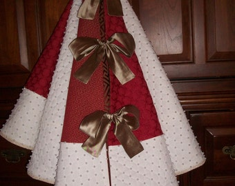 """58"""" White and Red Pearl Hand Beaded Reversible Christmas Tree Skirt  2017 Collection"""