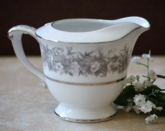 Sango Creamer/Sango Sugar Bowl/Sango Florentine Gray Creamer or Sugar Bowl/Gray Flowers/White China/50s