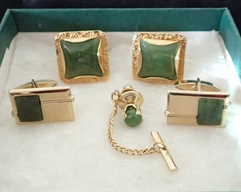 Vintage Mid Century 5pc Gold & Green Agate(?) Cuff Links + Tie Pin Set-2 Green Stone Cuff Link Sets BONUS