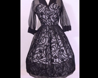 Vintage 1950s Dress 50s Dress Organdy MCM Swirls Nipped Waist Tuxedo Formal Party Dress M