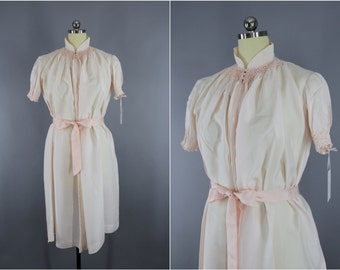 Vintage Silk Nightgown / Silk Lingerie / Maternity Hospital Gown / Asian Mandarin Style / Pastel Pink