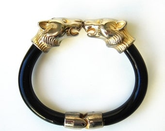 Vintage Double Panther Head Clamp Bracelet Spring Bangle Black Lucite Metal Gold Tone