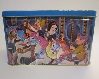vintage DISNEY tin - Hudson Scott and Sons, Carlisle England - Snow White, Mickey Mouse, Minnie Mouse, Daffy Duck and more