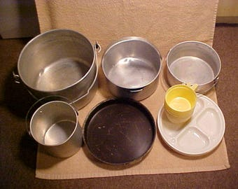 Vintage Unbranded Nesting Aluminum Camping Cookware Set