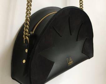 La Lisette // Leather bag, Demi circle bag, Black Leather bag, zig zag, shoulder bag, crossbody