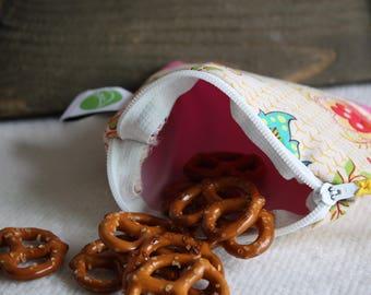 "Reusable 5"" Snack Sack, Mini Size - 5"" x 5""- Machine Washable, Zippered, EcoFriendly"